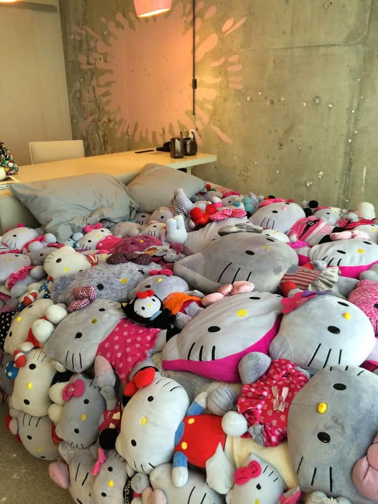 A Closer Look At The Edgy Hello Kitty Suite At The Line