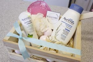 Welcome Gift Basket Idea + Free Printable Gift Tag
