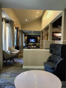 where to stay in fresno
