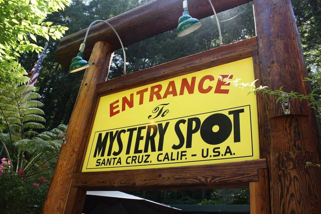 the mystery spot santa cruz california